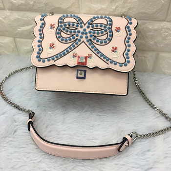 Fashion 2017 Women Flap Shoulder Bag Vintage Style Leather Handbag Bow Lady Embroidery Chain Studded Small Bag Purse